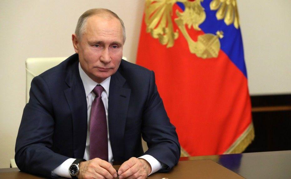 """Превратить тело Путина после его смерти в святые мощи предлагает """"Национальный комитет+60"""""""
